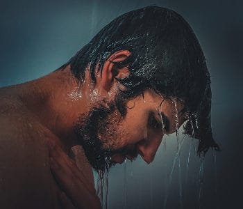 Are Hot Showers Good For The Skin?
