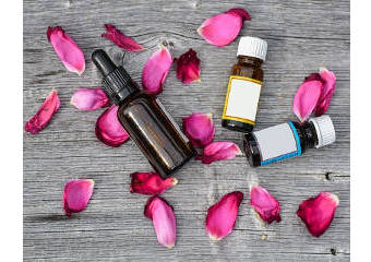 Rose Essential Oil Vs Rosehip Oil For Skin